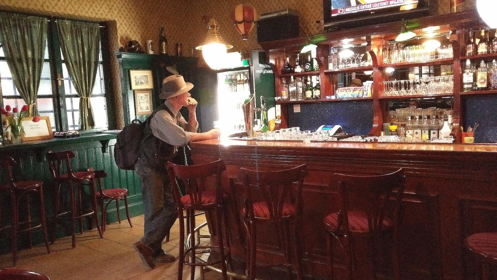 Old-Pub-Pomaz