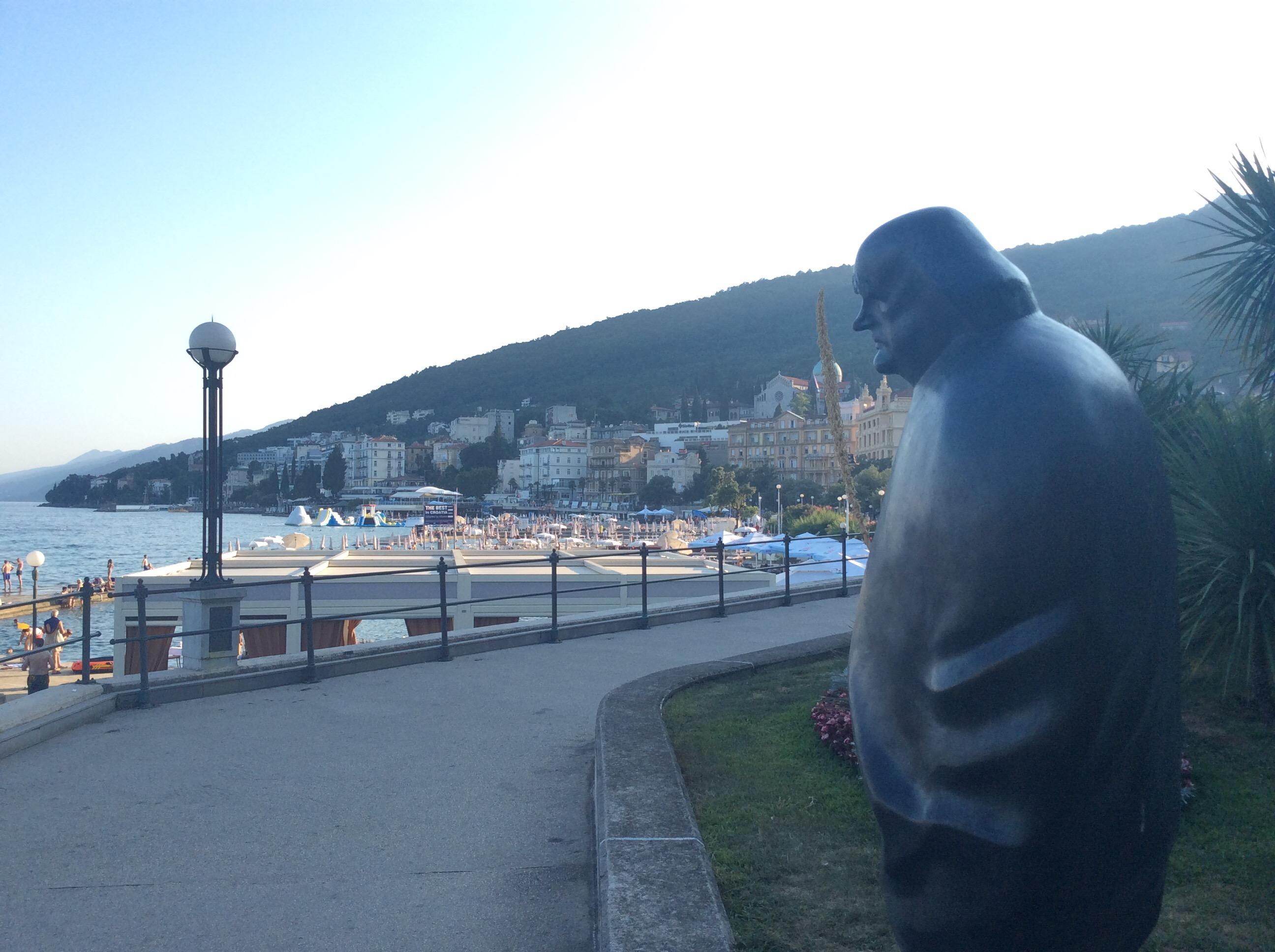 Opatija_miroslav_statue