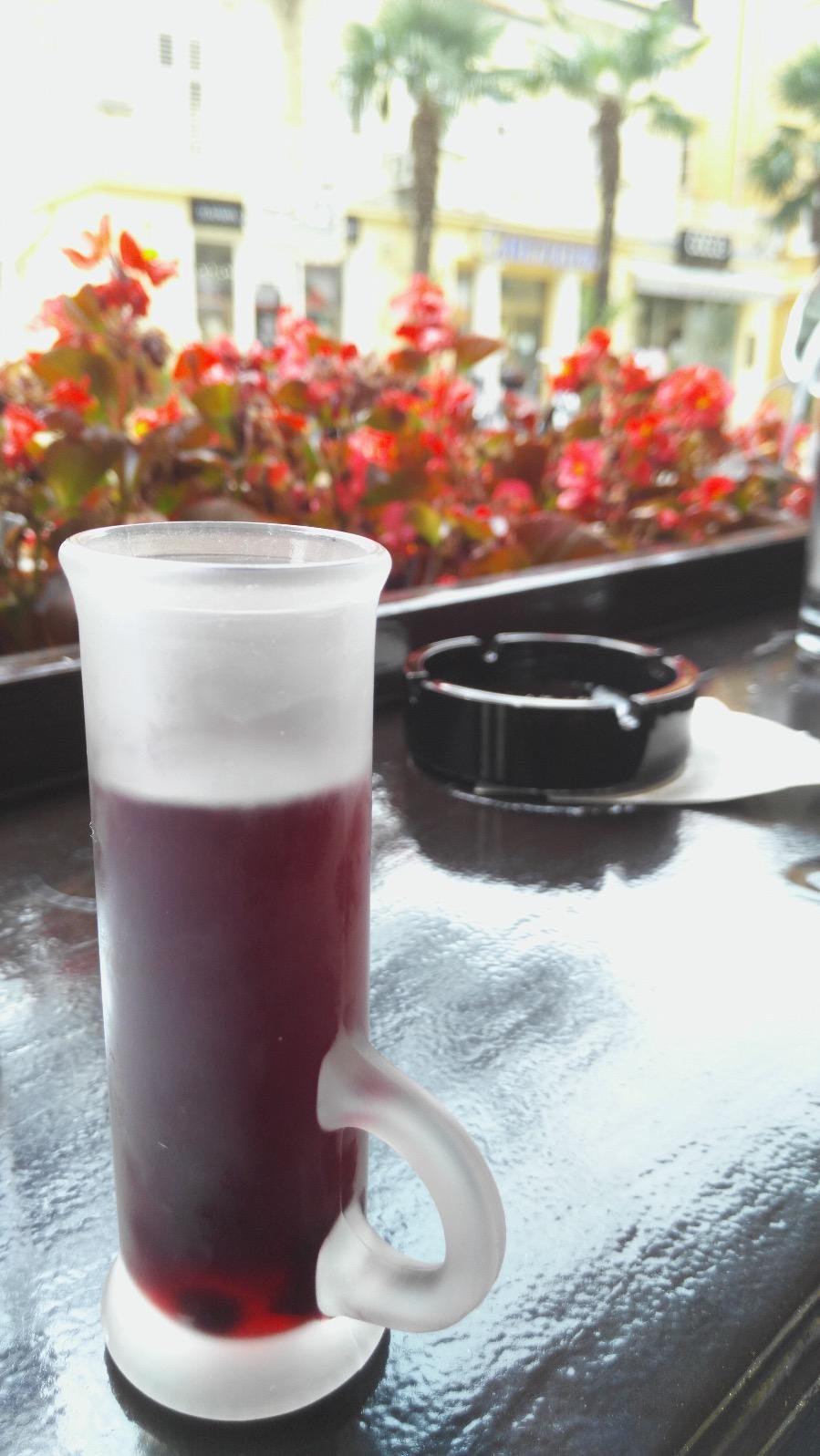 Maxi_bar_mug_shotglass