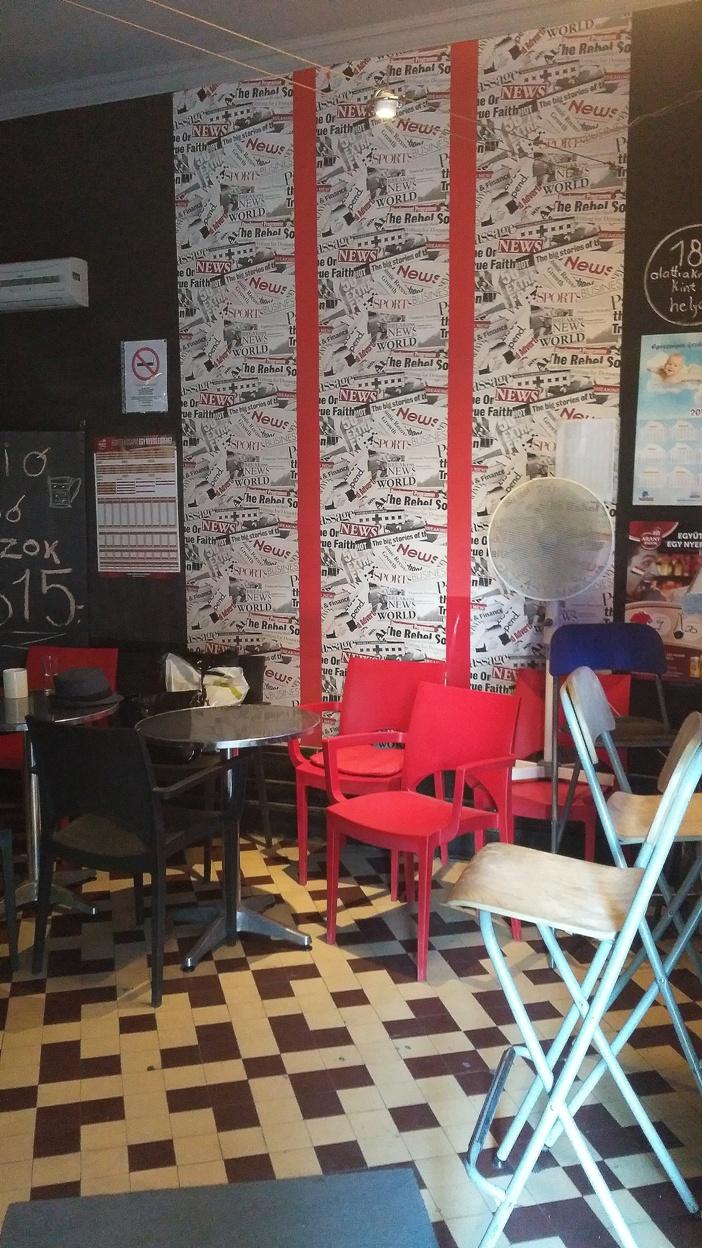 pubtourist_floor_wallpaper_halasz