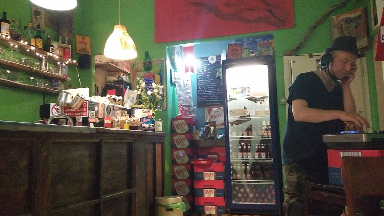 pubtourist_bologna_via_del_pratello_il_piratello