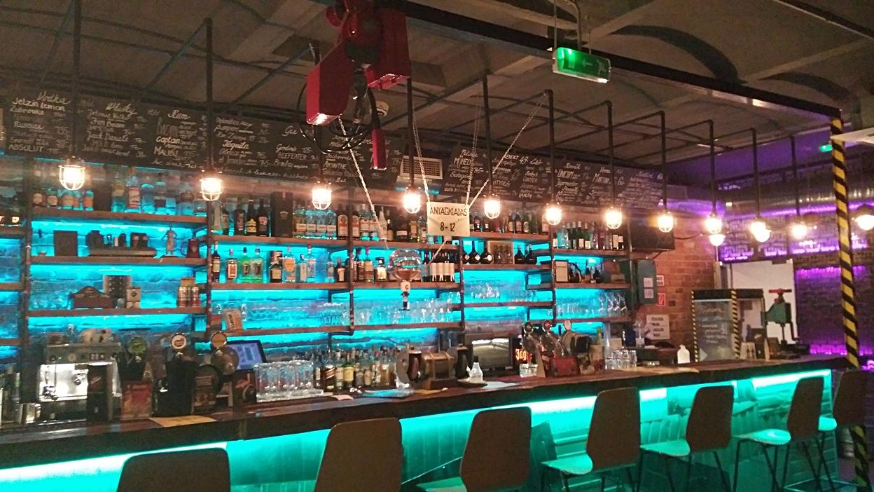 The bar of Műhely Pub, Budapest - Pubtourist