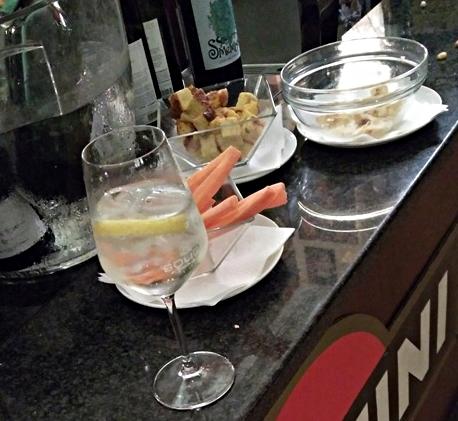 The aperitivos of Bar Mercato, Bologna - Pubtourist