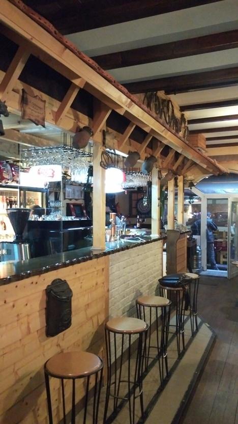 The bar has a roof in Koborló koccintó, Siófok - Pubtourist