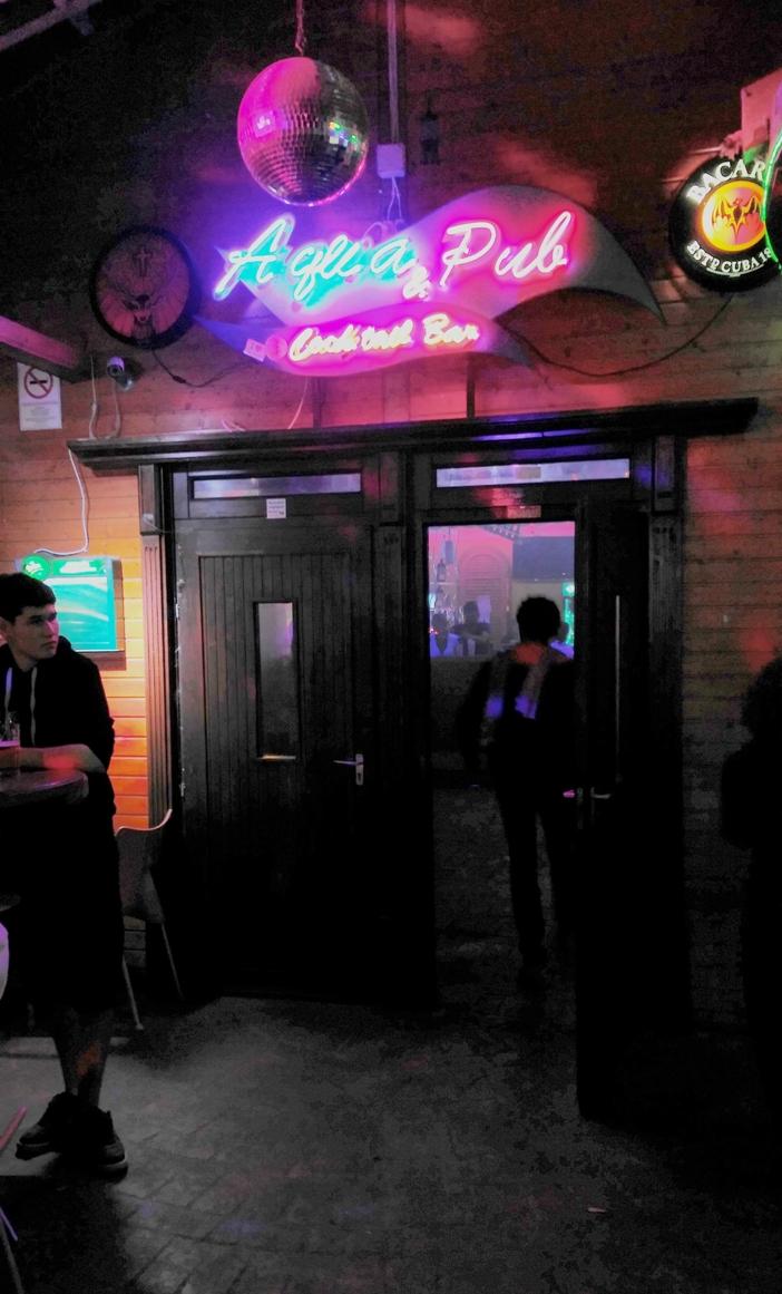The Aqua pub and cocktail bar in Siófok, Petőfi sétány - Pubtourist