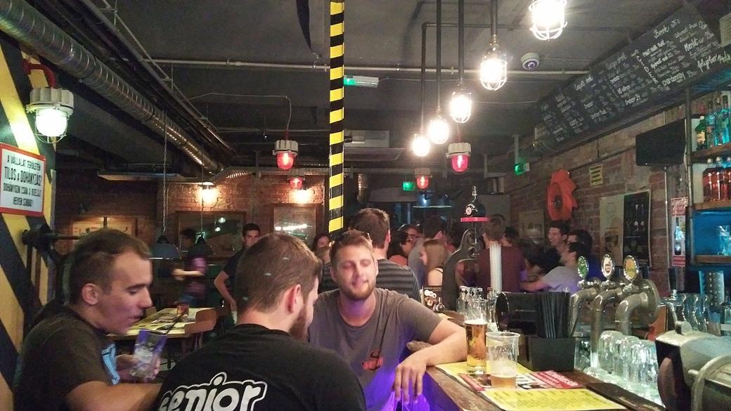 Műhely Pub in Peak Time, Budapest - Pubtourist