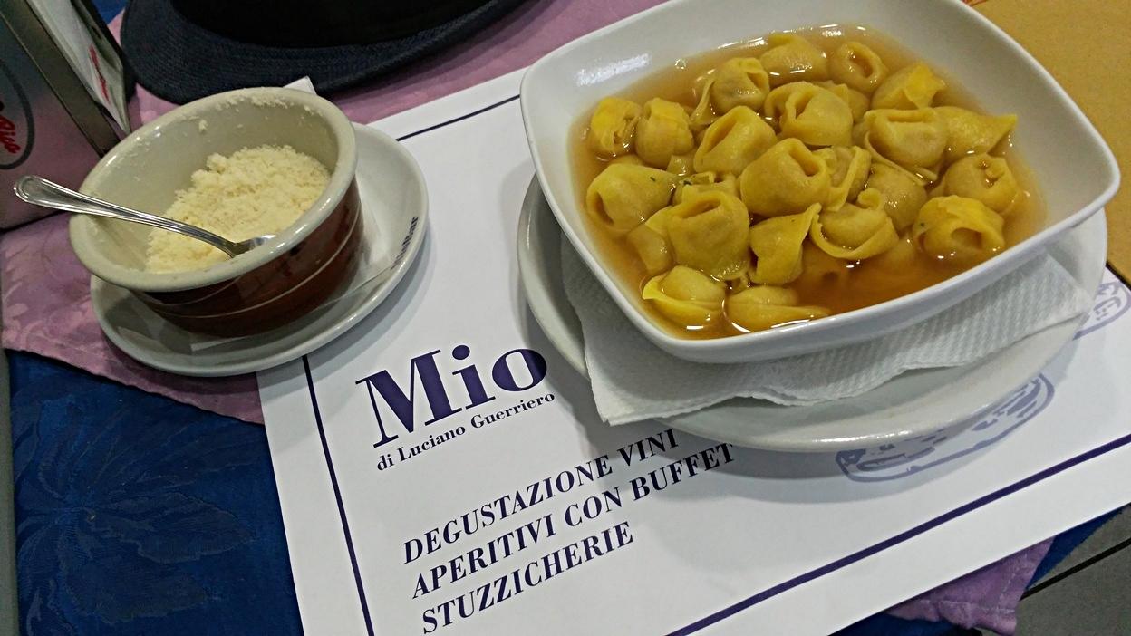 Tortellini in broth in Mio Bar, Bologna - Pubtourist