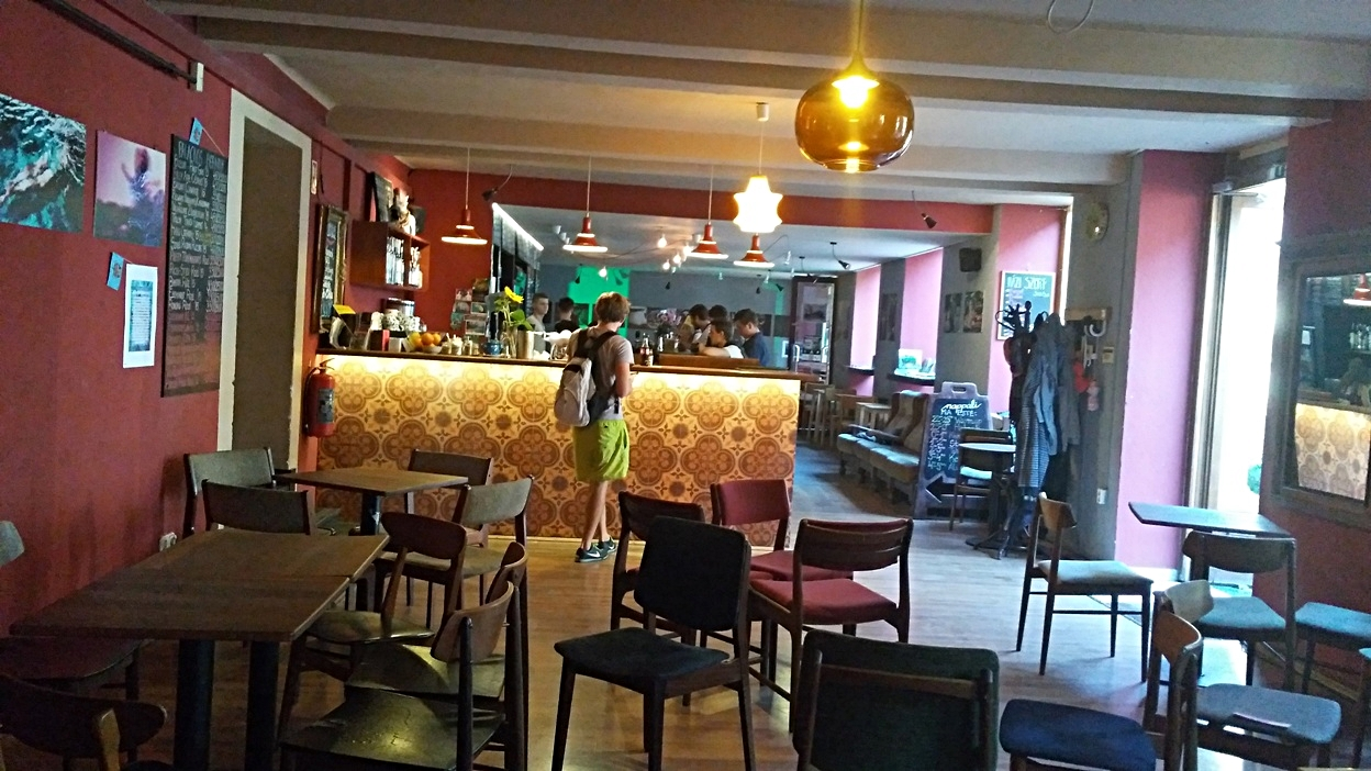 People in and outside of the bar in Nappali, Pécs - Pubtourist